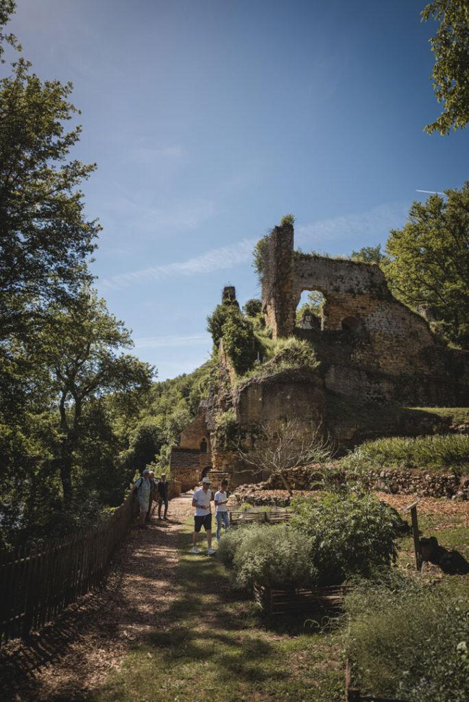 village_de_la_madeleine_visite_libre_audioguide