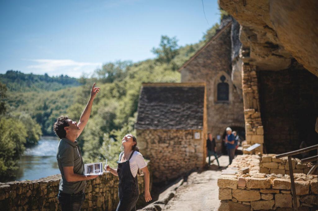 village_de_la_madeleine_visite_libre_livret